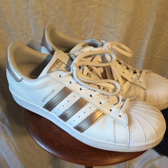 Adidas zapatos Copper superestrellas poshmark
